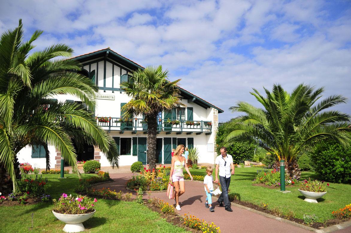 Azureva vacances club butterfly for Kerjouanno azureva